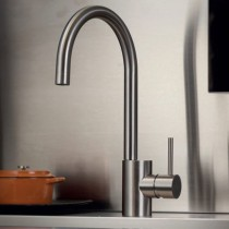 Inox Monobloc with Swivel Spout and Side Lever