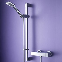 Quadrato Bar Shower with Swivel Adjustable Riser
