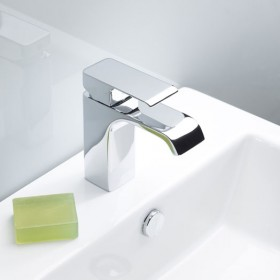 Hydra Basin Mixer With Click Waste